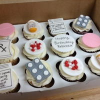 Cupcakes For A Pharmacist All Fondant Toppers Cupcakes for a pharmacist! All fondant toppers.