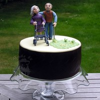 Oldie Cake My brother and his wife been together 90 years old ;-) http://tortentante.blogspot.de/2013/07/Motivtorte-Oma-Opa-Rollator.html