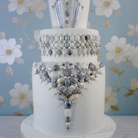 Art Deco Jewels Cake All edible jewels and dragees