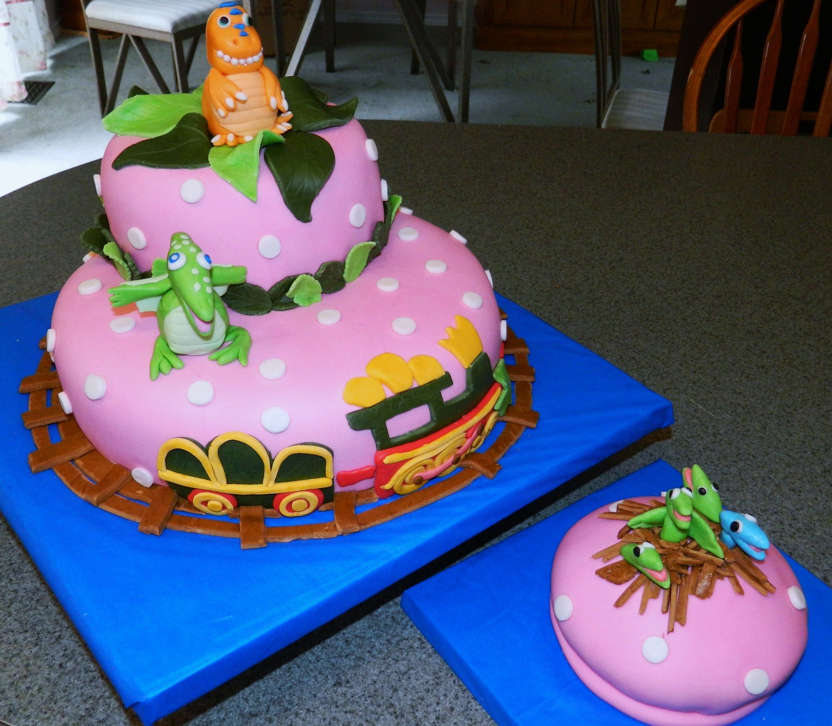 Dinosaur Train Birthday Cake Dinosaur Train birthday cake
