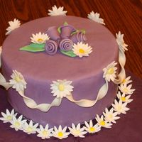 Display Cake Display cake for wilton classes, fondant cake, ribbon roses, daisy's, ribbon garland