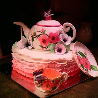 Teapot Cake Mmf And Gumpaste Decorations *Teapot cake. MMF and gumpaste decorations