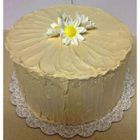 "Simple Rustic Daisy Cake  First time playing with SMBC. I tried to create a ""shabby-chic/messy on purpose"" sort of look (a la the Modern Buttercream class..."