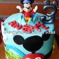 Mickey Home Magic Cake
