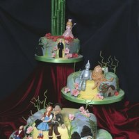 A Really Unusual Wizard Of Oz Wedding Cake For A Couple Who Loved The Movie   A really unusual Wizard of Oz wedding cake for a couple who loved the movie!