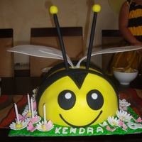 My 1St Bumble Bee Cake   My 1st bumble bee cake.
