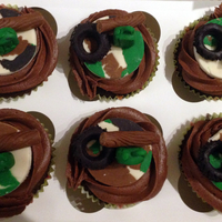 Cupcakes For My Bootcamp Class Camouflage Bases Made Form Home Made Marshmallow Fondant And Modelling Chocolate And Then Tyres Logs And J  Cupcakes for my BootCamp class - camouflage bases made form home made marshmallow fondant and modelling chocolate and then tyres, logs and...