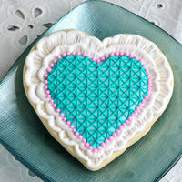 Brushed Embroidery Lace Heart Cookies Brushed Embroidery Lace Heart Cookies