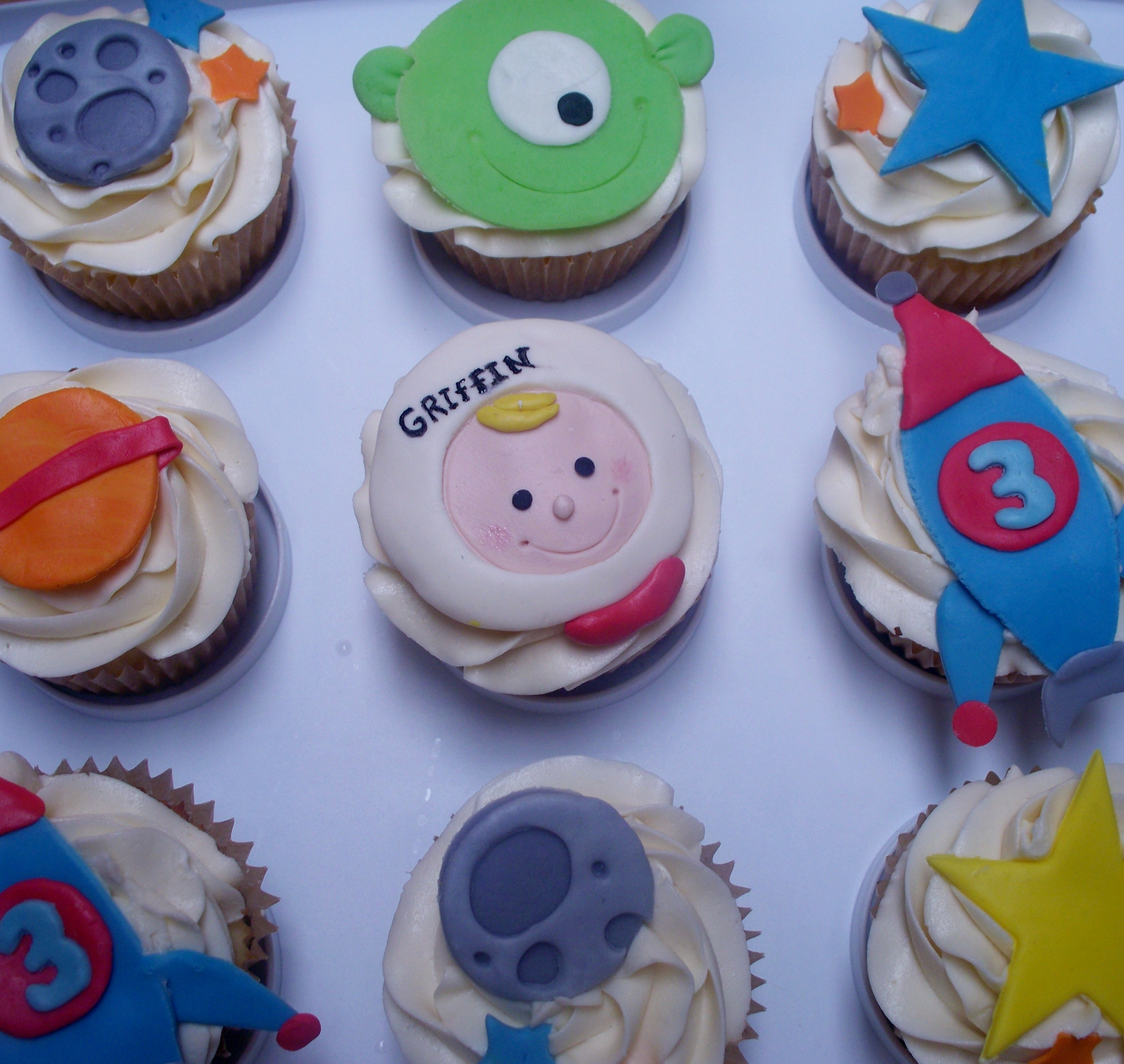 Outerspace Cupcakes