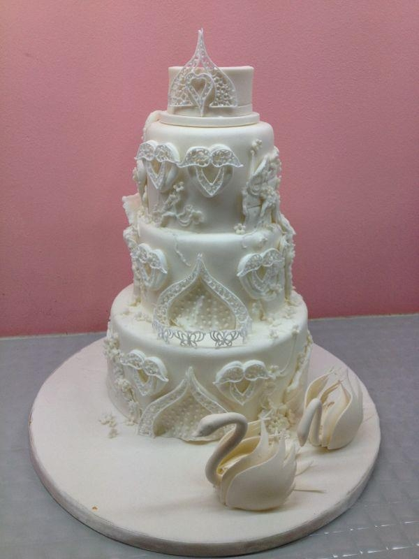 Masterclasses This is a cake done during kelvin chua's royal icing masterclass