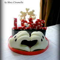 Minnie E Mickey Love Cake- San Valentine Disney Valentine's Day is approaching … Mickey and Minnie love cake … I love Disney theme! I hope you enjoy it!...