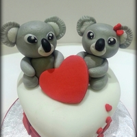 Sweet Koalas A mini cake for two … chocolate, koalas and lots of love for a loving couple. Hope you like it ^ _ ^ !!