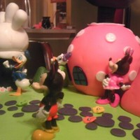 Minnie Mouse Clubhouse Gumpaste Decorations