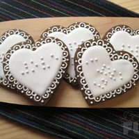 When Color Doesn't Matter This is one of the most beautiful cookie work I've done. Love messages in braille [LOVE, I love you]. I share with you this wonderful...