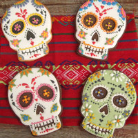 "Sugar Skulls For The Dia De Los Muertos Inspiration Challenge Did You Know That In Mexico The Dia De Los Muertos Day They Give Away Su Sugar skulls for the Dia de los Muertos Inspiration Challenge - Did you know that in Mexico the ""Dia de los Muertos"" Day they..."