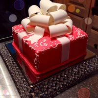 Caribbean Cakes Creations Pretty Present Box Cake !