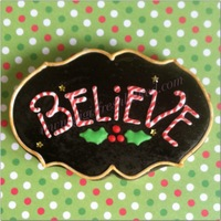 Christmas 'believe' Cookie Sugar cookie decorated with royal icing