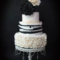 Miss Classic Miss Classic Wedding Cake