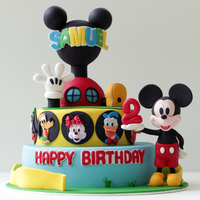 Mickey Mouse Club House Cake This Was My First Character Cake And Since Then Have Been Making Many Many More Popular Character Cakes For Ch... Mickey Mouse Club House Cake. This was my first character cake and since then have been making many many more popular character cakes for...