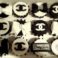Chanel Cupcakes Made With Fondant Chanel cupcakes made with fondant