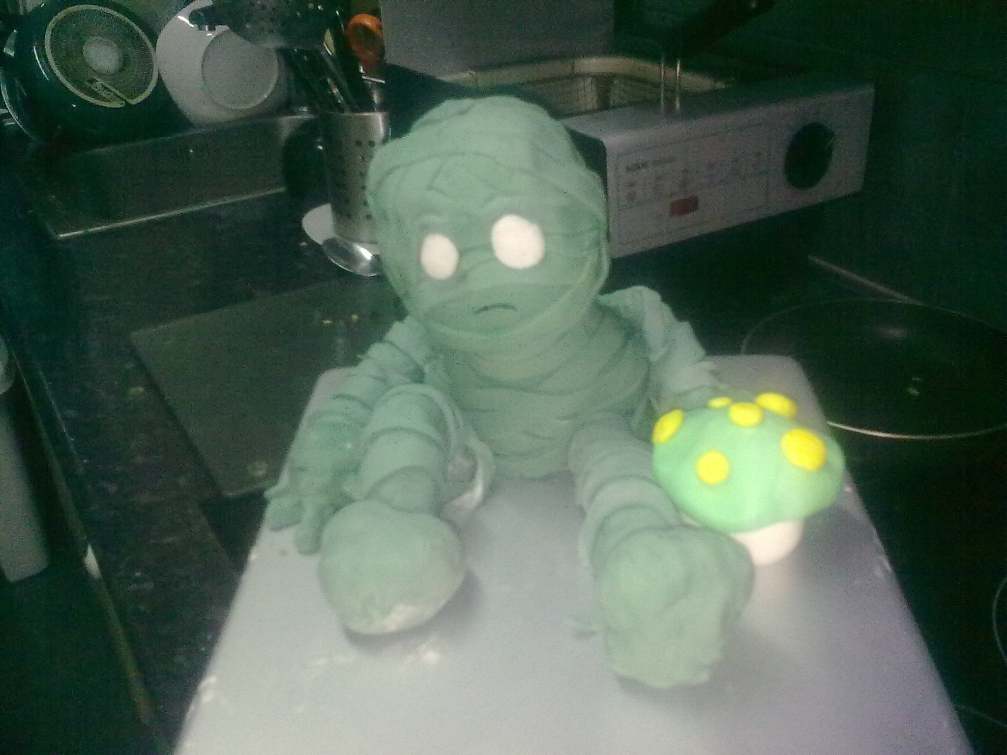 "Amumu This is a cake based in a game ""LOL""It´s a almond and apple cake. I´m so sorry for the photo but I had only..."