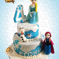 Our Disney Frozen Inspired Cake With Elsa Anna Amp Olaf Fondant Figures Themecakes Frozencake Frozen Prettycakes Celebrationcakes Our Disney Frozen inspired Cake with Elsa, Anna & Olaf fondant figures. #themecakes #frozencake #frozen #prettycakes #celebrationcakes...
