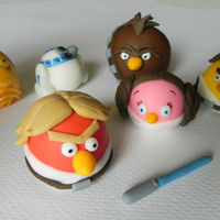 For The Birds   Galactic irate birds...hand-modelled from fondant!