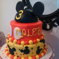 Mickey Mouse Hat Topper Cake Mickey Mouse hat topper cake