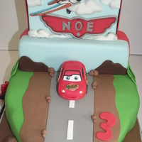 Cars And Planes Cake   planes 2Dcars 3D