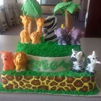 Zoo Themed Cake Vanilla With Strawberry Cream Cheese Filling Green Buttercream Grass Zoo themed cake! Vanilla with strawberry cream cheese filling green buttercream grass