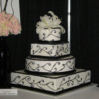 Black And White Another cake dummy... This one was used for a Bridal Show. My second wedding cake.