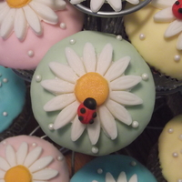 Garden Cupcakes   Fondant decorated cupcakes, complete with edible pearl, glitter and lady bug for good luck~