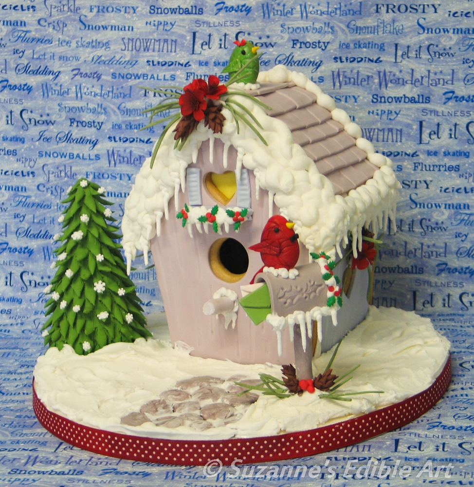 Christmas Time Birdhouse Such a fun challenge (and my first!) I just had to give it a try! This Gingerbread Birdhouse is covered in fondant. I did the snow and...