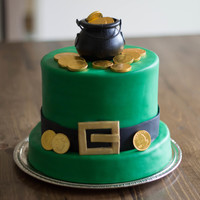 "6 On An 8 Base St Pattys Day Cake Mmf And Chocolate Gold Coins 6"" on an 8"" base. St. Patty's Day cake! MMF and chocolate gold coins :)"