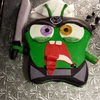Starling Cake He Is A Character From The Game Galaxy Life Starling Cake. He is a character from the game Galaxy Life.