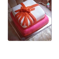 Wrapped Up Present Cake