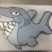 Shark Cupcake Cake shark cupcake cake made with 24 cupcakes and buttercream icing
