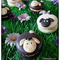 Black And White Sheep Macarons French Black and White Sheep Macarons