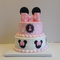 Minnie Mouse Birthday   Butter cream and mmf accents