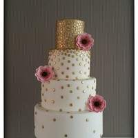 Golden Dots Cake Golden Dots Cake