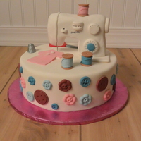 Sewing Birthday Cake This design is not original but I loved the chance to make it. The cake is covered in fondant with the sewing machine made of cereal treats...