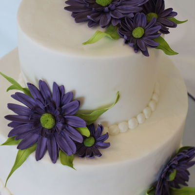 Purple Daisy Cake