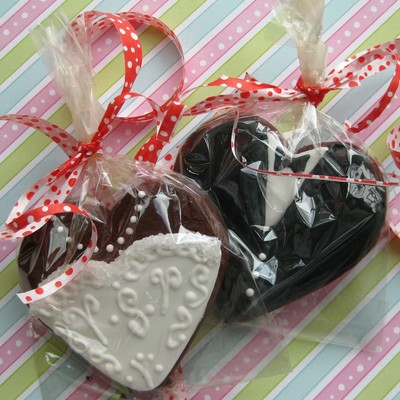 Bride Groom Heart Wedding Cookie Favors