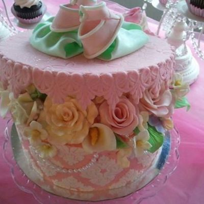 Baby Shower Cake Using The Damask Marvelous Mold Gumpaste Booties Bow And Assorted Flowers