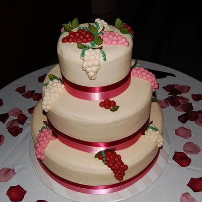 Grapes/berries Wedding Cake