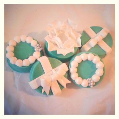 Tiffany Themed Chocolate Covered Oreos