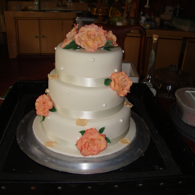 Gumpaste Rose Wedding Cake
