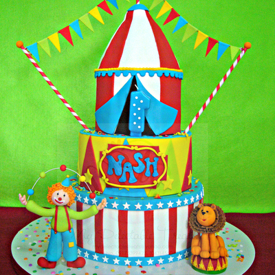 Nash's Circus Themed Cake