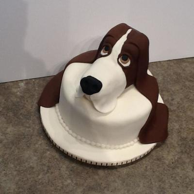 Fondant Covered Rice Krispie Modeled Basset Hound Head On 8 Inch Fondant Covered Cake For My Sisters Basset Hound Rescue Organization
