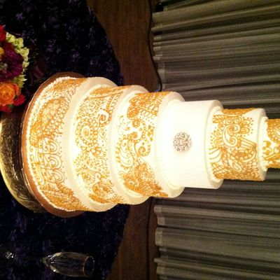 Stunningly Beautiful Six 6 Tier Buttercream Piped Paisley Henna Pattern